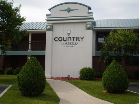 Country Inn & Suites By Carlson, Traverse City : Exterior