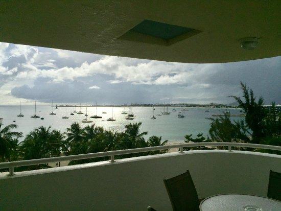 Atrium Beach Resort and Spa: Room 601 balcony view