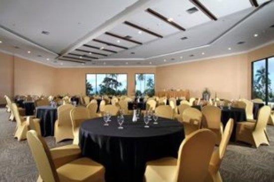 Sutanraja Resort & Convention Center Photo