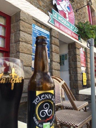 Saint-Armel, Γαλλία: Une Telenn Du au Moulin à café