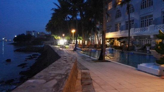Eastern & Oriental Hotel: IMG_20170725_195217_large.jpg