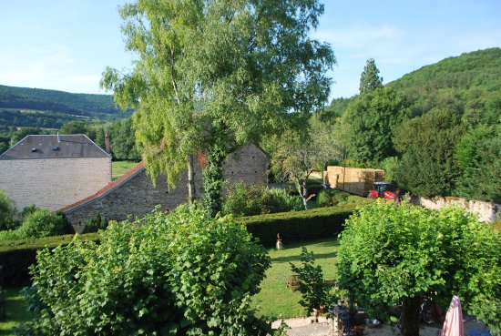 Barbirey-sur-Ouche, Francia: Vue de la chambre blanche