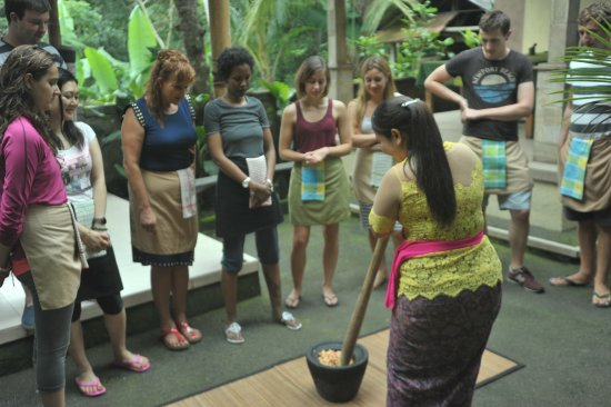 Oneworld retreats Kumara: During cooking class!