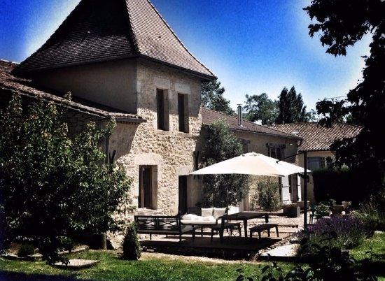Les Esseintes, França: Our dining terrace