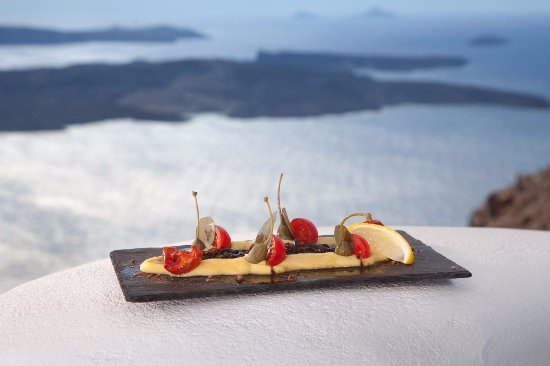 Tholos Resort: Restaurant & Bar...Where a meal is transformed into a gourmet experience…