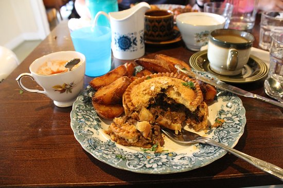 Skye Pie Cafe: Beef Pie