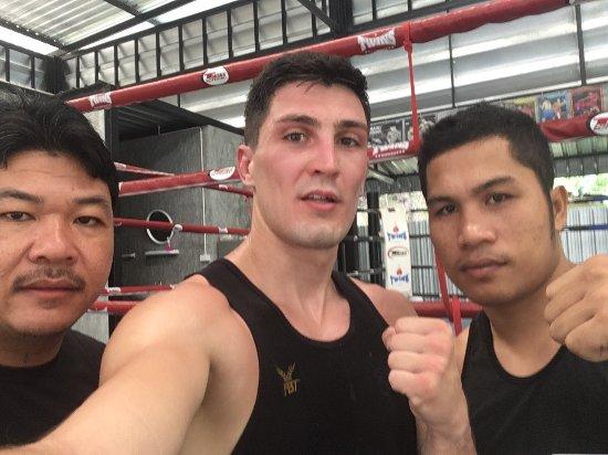 Samart Payakaroon MuayThai Gym