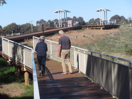 West Wyalong, Australia: Walkway to top viewing platforms