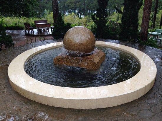 Thien Vien Truc Lam: Magnificent floating stone sphere .