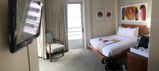 Shoreline Hotel Waikiki: 角部屋