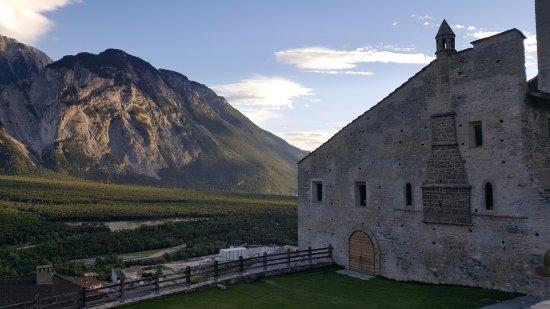 Leuk, Switzerland: Vistas desde el Castillo