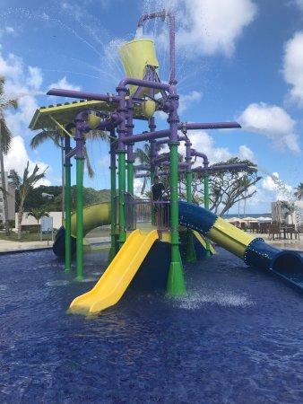 Cap Estate, Sta. Lucía: Children's play area