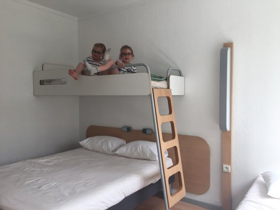 Ibis Budget Paris Porte de Pantin : photo0.jpg