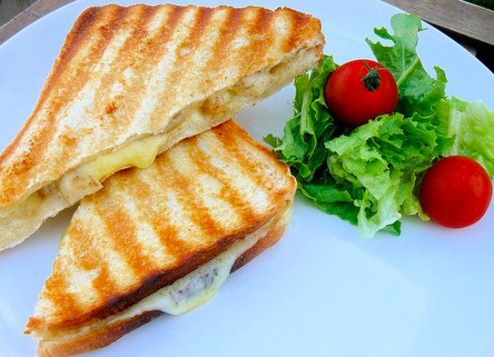 Delish Cafe: Toasties with many fillings