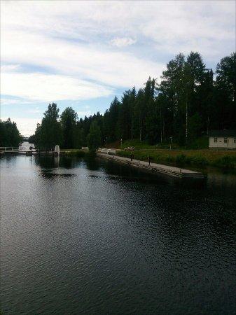 вид со стороны замка (Kajaani Castle)