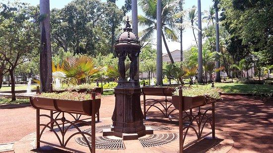 Jardin de l 39 etat saint denis 2017 ce qu 39 il faut - Mobilier jardin cdiscount saint denis ...