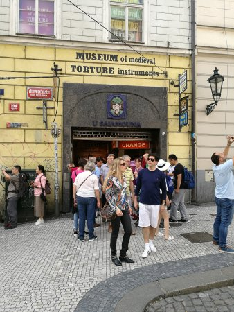 Museum of medieval torture prague czech republic top for Medieval hotel prague
