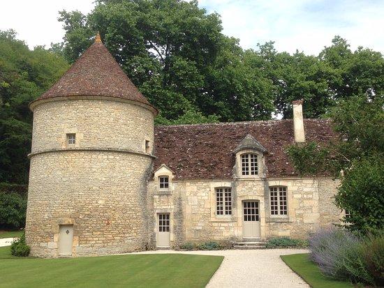 Saint-Martin-de-Fontenay, Francja: Abbey de Fontenay