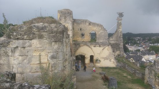 Another view of the castle ruins  There are a few steps to