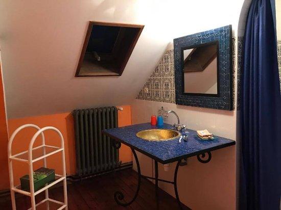 Salle de bain (chambre orientale) - Photo de Le Chene Vert, Château ...