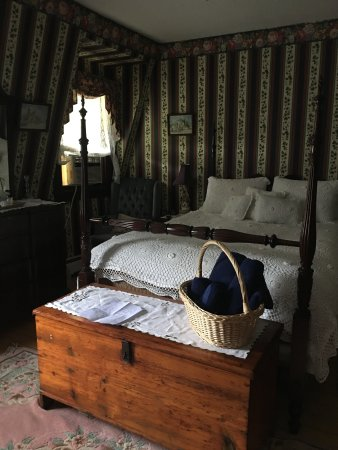 Cottle's Seafield Cottage: Our beautiful room