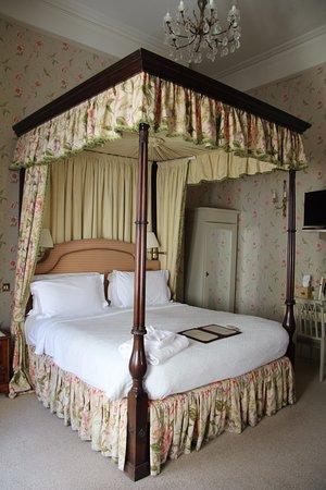 Dukes Hotel: Bett
