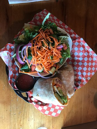 Muskoka Lakes, Kanada: Grilled Chicken Chipotle Wrap
