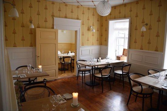 Sakskoebing, Denmark: Ett av flera rum
