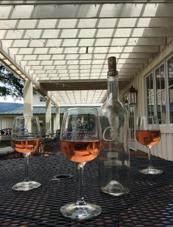 Crozet, VA: Crose on the patio