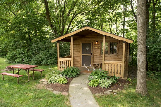 Country Acres Campground: 2 Cabins