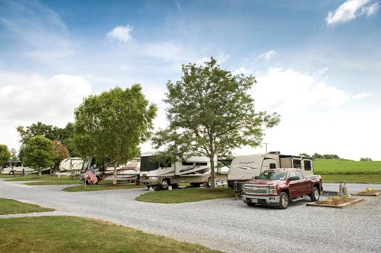 Country Acres Campground: Back Loop