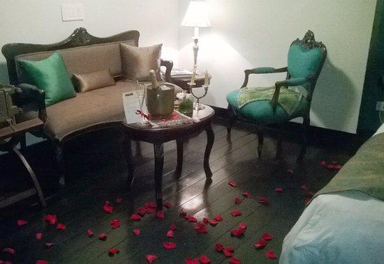 San Pedro Hotel Spa: Recepción romántica, con champagne!