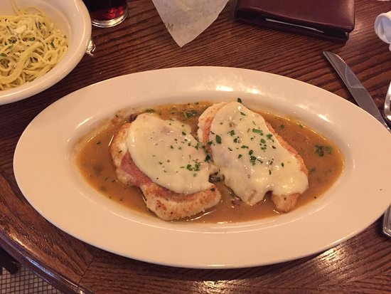Maggiano's Little Italy: Chicken Saltimbocca