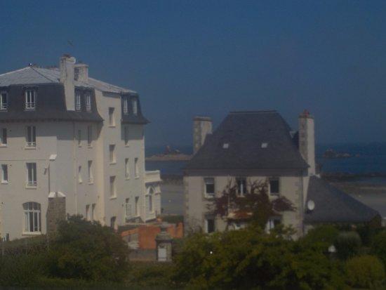 Le Chateau de Sable : Vue de la chambre les Héaux
