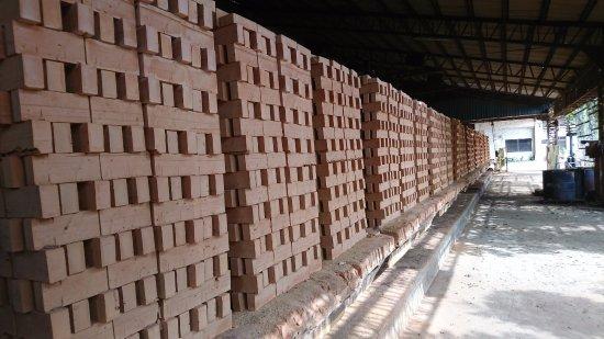 Miaoli, Taiwan: 磚塊成品