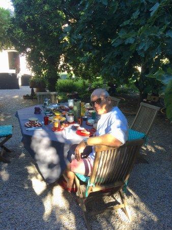 Parfait Villa De Lorgues : Espace Petits Déjeuners. Villa De Lorgues : Bassin De  Rafraîchissement