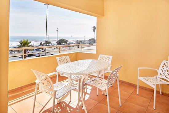 Riviera Suites Foto