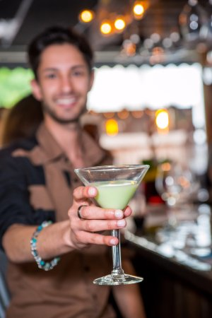 Cary, IL : Martini Tuesday-Happy Hour special
