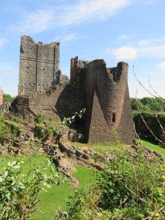 Goodrich, UK: Approaching the Castle.