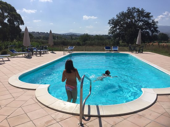 Country house l 39 ippocastano hotel altavilla silentina for Piscina campolongo