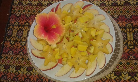 Punta Gorda, Belize: Assorted local fruit for breakfast