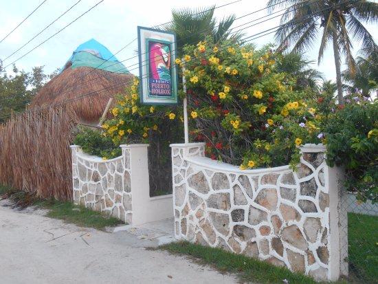 Hotel Puerto Holbox : entrée de l'hotel