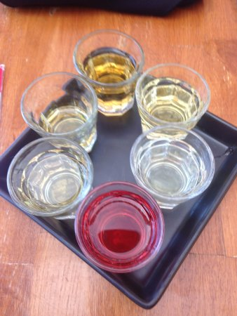 Cobble Hill, Canadá: Cider tasters