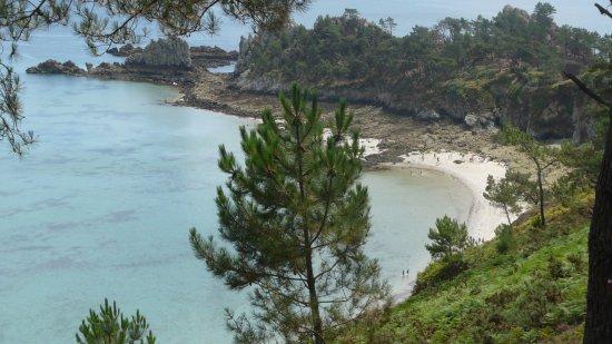 Morgat, Γαλλία: Très jolie île, pas facile accès avec les enfants, mais jolie eau turquoise, MAGNIFIQUE