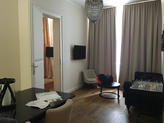 6 rooms 1070 updated 2017 apartment reviews price for Design hotel 1070 wien