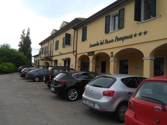 Pomposa 사진