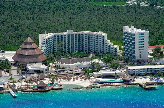 Grand Park Royal Cozumel Luxury Resort