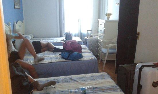 Hostal Valencia: 20170716_180903_large.jpg