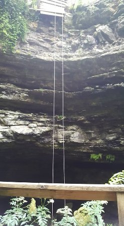 Horse Cave, KY: Rappelling ropes