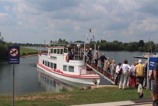 Xanten, Alemania: Met deze boot ging de tocht verder
